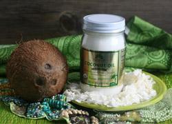 Кокосовое масло: польза для тела, волос и в питании